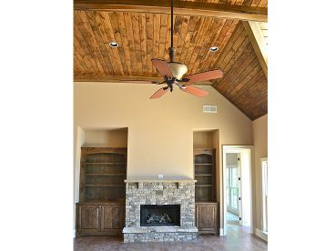 Great Room Photo, 053H-0064