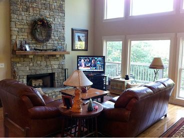 Great Room Photo, 053H-0056
