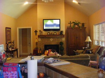 Family Room Photo, 001H-0114