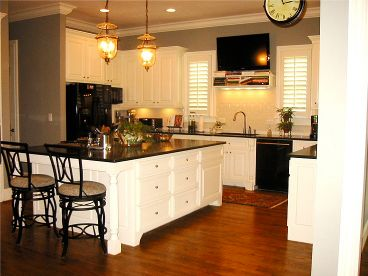 Kitchen Photo 2, 053H-0058