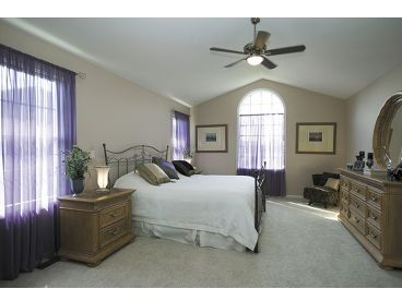 Master Bedroom Photo, 007H-0073