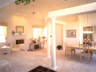 Open Floor Plan Photo, 043H-0077