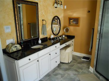 Master Bathroom Photo, 053H-0059