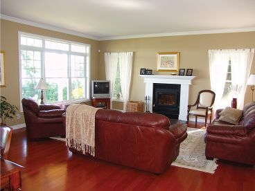 Great Room Photo, 027H-0196