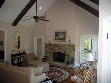Great Room Photo 2, 053H-0045