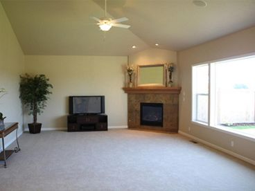 Living Room Photo, 051H-0206