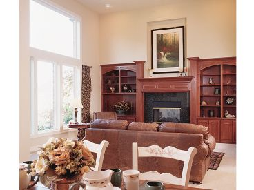 Family Room Photo, 034H-0133