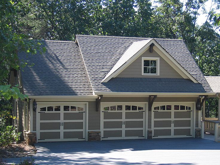 Carriage house plans craftsman style carriage house plan for 3 bay garage with apartment