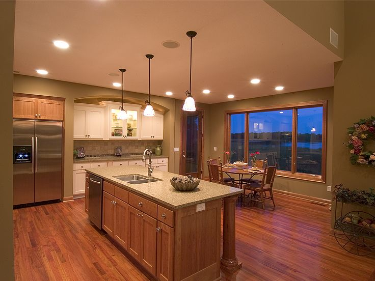 Kitchen Island Photo, 023H-0133
