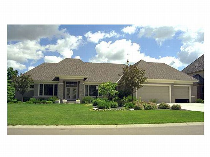 Ranch Home Plan, 023H-0069