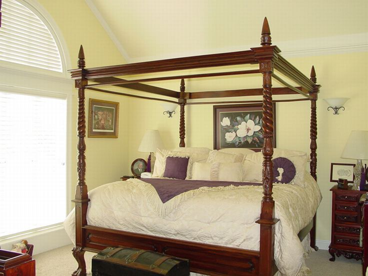 Master Bedroom Photo, 021H-0076