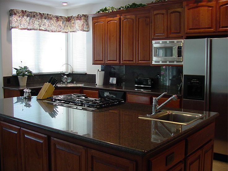 Kitchen Island Photo, 034H-0112
