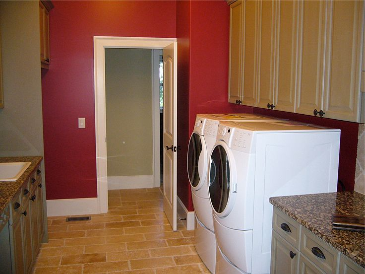 Laundry Room Photo, 053H-0004