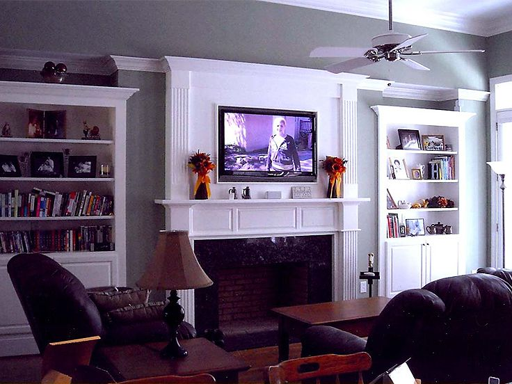 Family Room Photo, 042H-0010