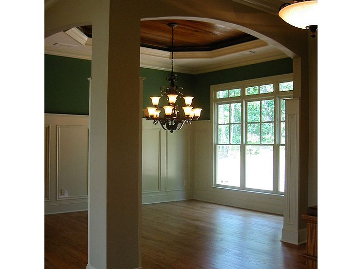 Dining Room Photo 2, 053H-0051