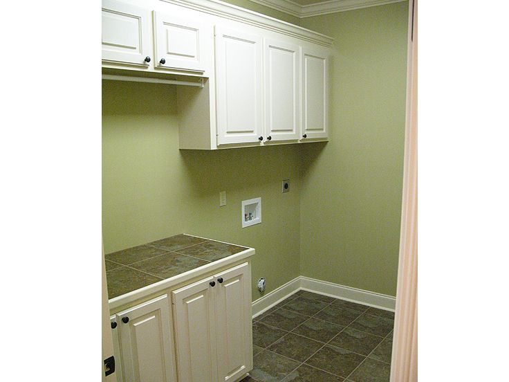 Utility Room Photo, 001H-0155