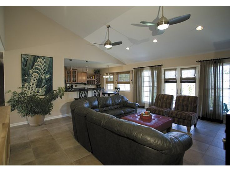 Family Room Photo, 007H-0073