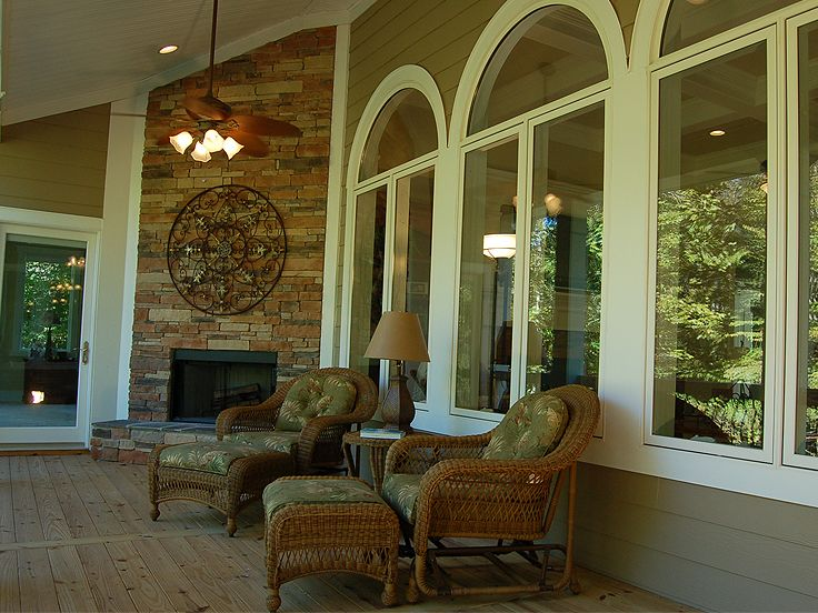 Rear Porch Photo, 019H-0034